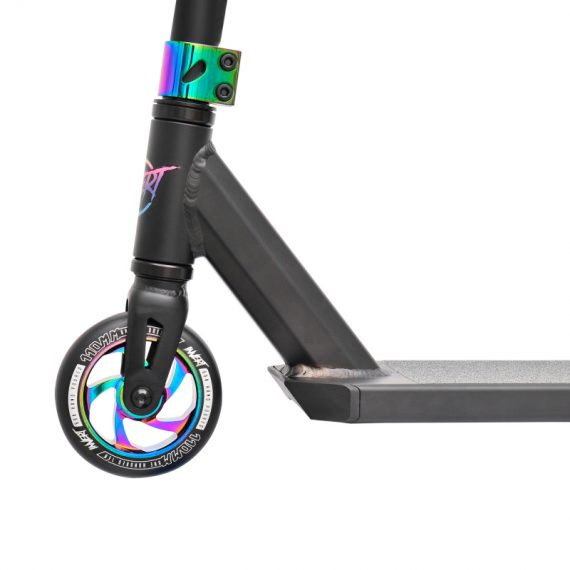 INVERT-TS-3-AL-Stuntscooter-Black-Neo-Chrome-4